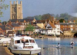 Boating Holidays In The Uk Choosing Your Boat